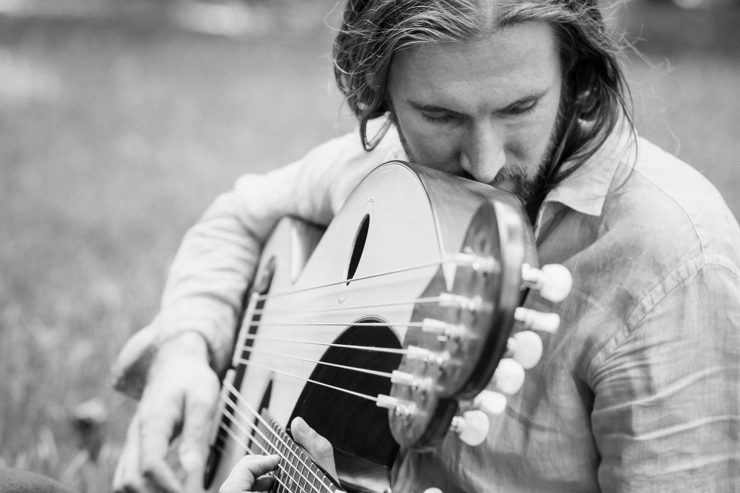 Александр Самодум - арфо-гитара